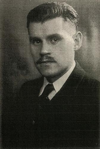 Porträtfoto des jüdischen Widerstandskämpfers Josef Sterngold 1943