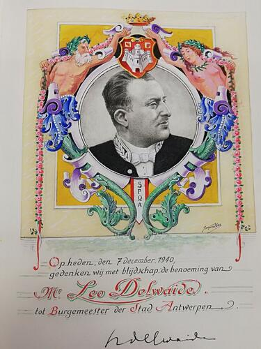 Ornamentiertes Foto von Leo Delwaide